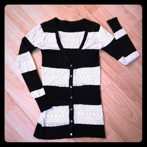 Sweaters - 🌟Lacey Button Cardigan🌟